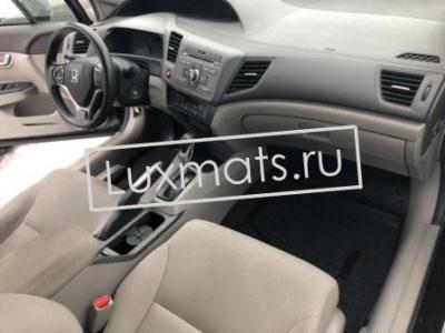 Автомобильные коврики в салон Honda Civic 4D 9 (Хонда Цивик 9 седан) (2011-2017) 3D с ковролином
