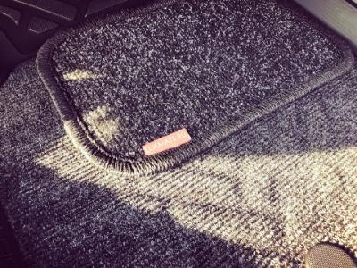 Сменный износостойкий усиленный подпятник для автомобильных ковриков
